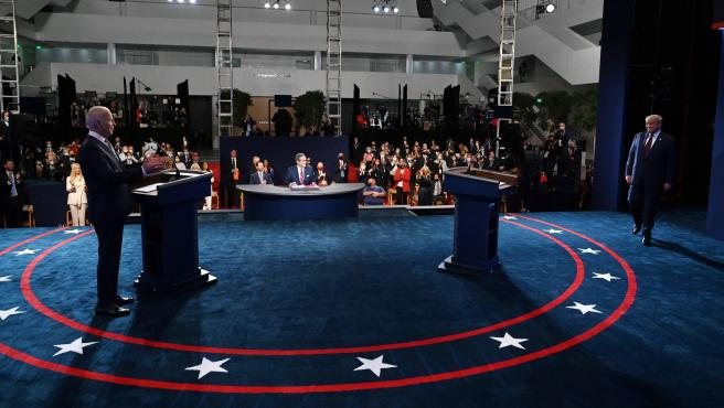 Califican conocedores como 'tosco' y sin ganador primer debate entre Donald Trump y Joe Biden